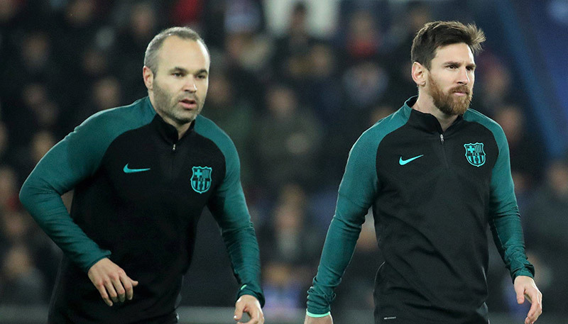Real run rẩy vì MU, nội bộ Barca bấn loạn