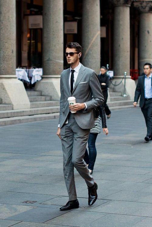 Cách chọn trang phục công sở cho quý ông 30