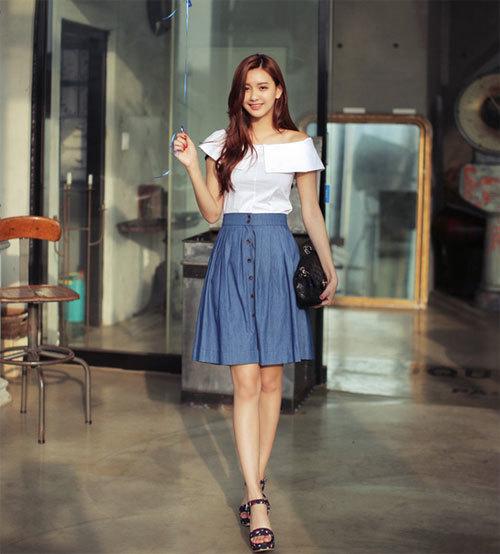 Diện áo trễ vai có phù hợp với phong cách thời trang công sở