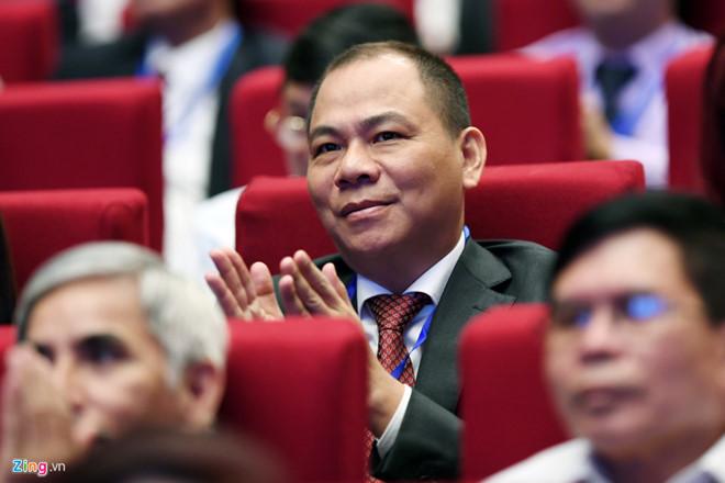 Trịnh Văn Quyết, Phạm Nhật Vượng, giàu nhất Việt Nam, tỷ phú việt, thị trường chứng khoán