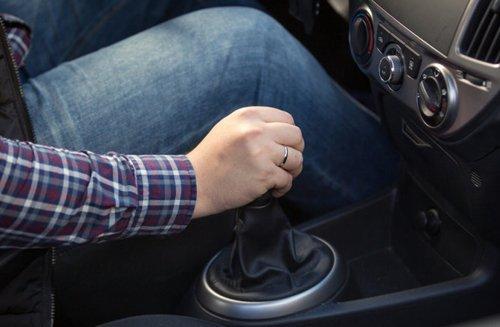 16 thói quen bạn cần tránh nếu không muốn ô tô giảm tuổi thọ