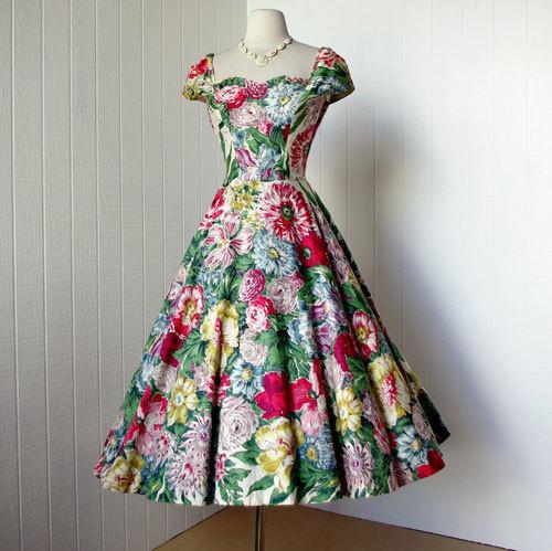 5 xu hướng thời trang vintage cho cô nàng công sở không bao giờ lỗi mốt