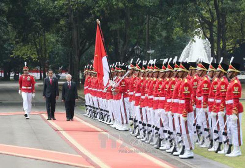 Tổng thống Indonesia tổ chức trọng thể lễ đón Tổng bí thư