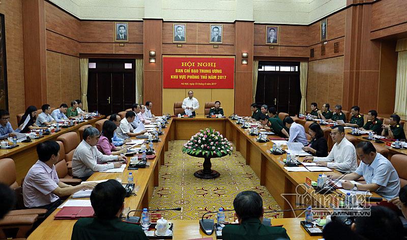 Thủ tướng Nguyễn Xuân Phúc, Nguyễn Xuân Phúc, quốc phòng, phòng thủ, biển đảo