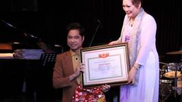 Không phong tặng 'Giáo sư âm nhạc' cho ca sĩ Ngọc Sơn