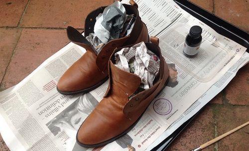 Bảo vệ đôi giày ngày mưa gió cho nam giới