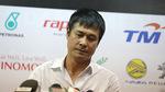 Sai lầm nối sai lầm, HLV Hữu Thắng tuyên bố từ chức