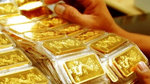 Giá vàng hôm nay 25/8: USD chao đảo, vàng biến động mạnh