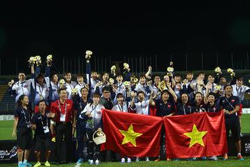 Tuyển nữ Việt Nam được thưởng 4 tỷ đồng