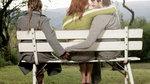 Tình ngay lý gian: Ngay trước mũi vợ, ôm hôn nhầm... bạn vợ