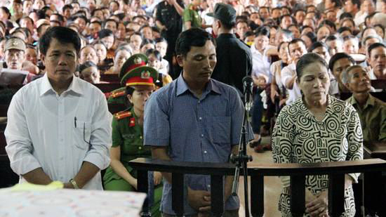 Khai trừ đảng, tham ô tài sản, Hà Tĩnh, cựu chủ tịch