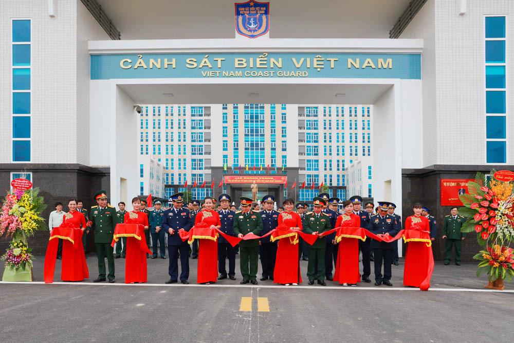 cảnh sát biển, Đại tướng Ngô Xuân Lịch, Ngô Xuân Lịch, bộ quốc phòng