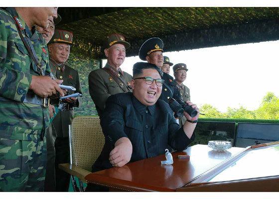 Xem lính đặc nhiệm Triều Tiên thi tấn công mục tiêu