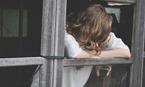 Mẹ chồng đổi một năm 3 người tình vẫn chê con dâu 'không đứng đắn'