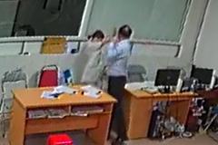 Giám đốc tát nữ bác sĩ ở Nghệ An: 2 bảo vệ mất việc