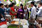 Phu nhân Thủ tướng dự lễ hội Vàng ASEAN