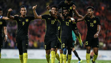 """Trọng tài """"đưa"""" U22 Malaysia vào chung kết với Thái Lan"""