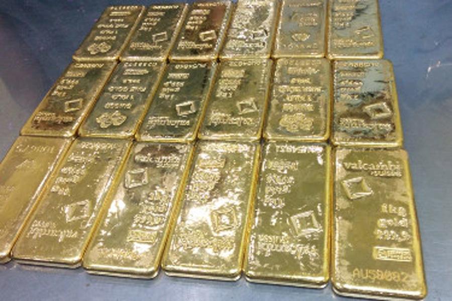 buôn lậu, buôn lậu vàng, vàng lậu, vàng SJC, tiếp viên buôn lậu vàng