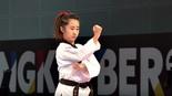 Nữ võ sĩ Taekwondo xinh đẹp gây sốt ở SEA Games 29
