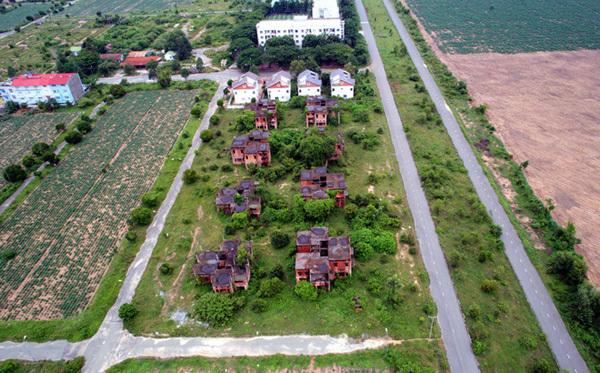 đại gia Trung Quốc, dự án bỏ hoang, cò đất, sốt đất