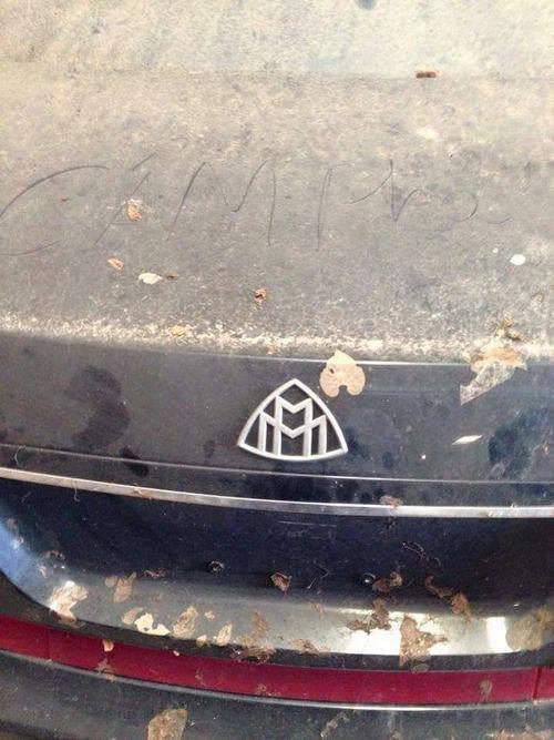 Loạt xe siêu sang bị 'bỏ quên' tại Việt Nam?