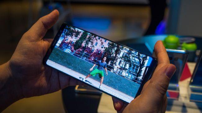 Galaxy Note 8 đắt có xắt ra miếng?