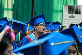 Trường đại học đồng loạt giảm thời gian đào tạo