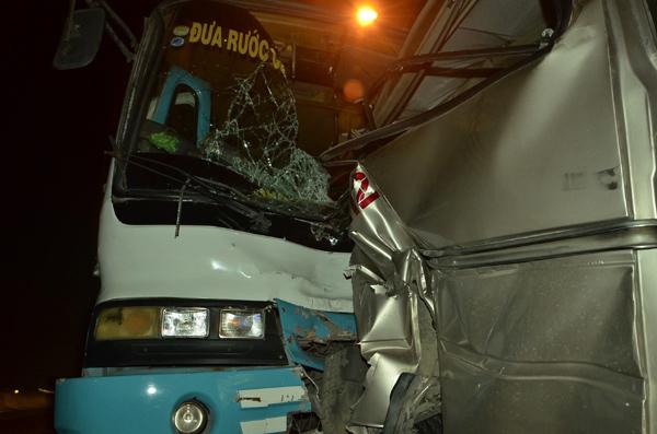 tai nạn, tai nạn giao thông, cao tốc Trung Lương, ô tô tông nhau trên cao tốc