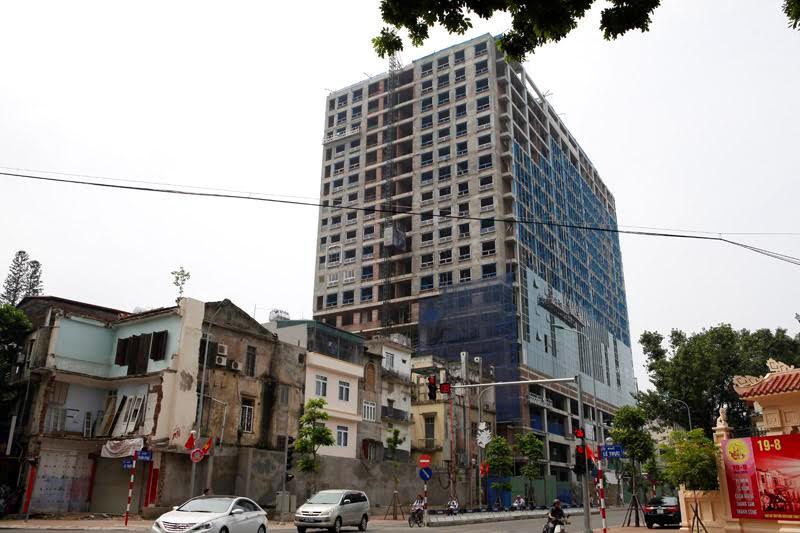 8B Lê Trực, công ty May Lê Trực, quy hoạch đô thị, xây dựng sai phép, phá dỡ công trình, trật tự xây dựng, an toàn xây dựng, vi phạm xây dựng
