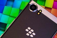 Blackberry sắp ra smartphone chống nước, cạnh tranh với Apple, Samsung