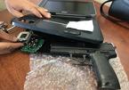 Phát hiện hành khách giấu súng trong máy nghe nhạc ở Tân Sơn Nhất