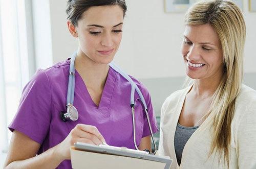 Ung thư tuyến nước bọt di căn sống được bao lâu?