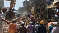 Sập chung cư cũ ở Ấn Độ, hàng chục người thương vong