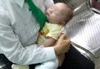 Bé trai 2 tháng tuổi bị mẹ bỏ rơi ở Sài Gòn
