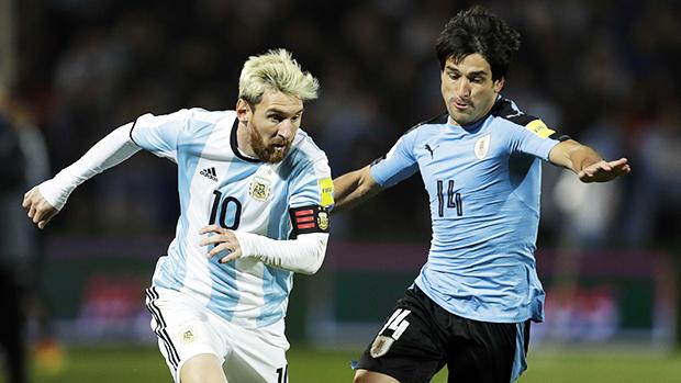 Messi im tiếng, Argentina mong manh vé dự World Cup 2018