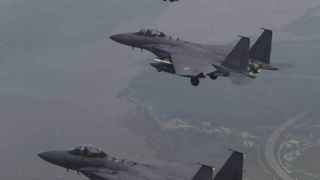 Máy bay ném bom Mỹ lượn khắp Bán đảo Triều Tiên