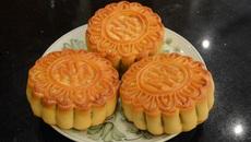 Nghệ nhân hướng dẫn làm bánh nướng chuẩn vị đất Hà thành