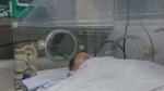 Con lọt lòng bị tim bẩm sinh, bố mẹ bất lực không tiền phẫu thuật