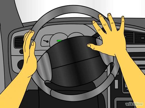 Những tư thế cầm vô lăng lái an toàn
