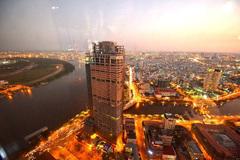 Những toà nhà trăm tỷ 'xấu xí' ở khu đất vàng của TP.HCM