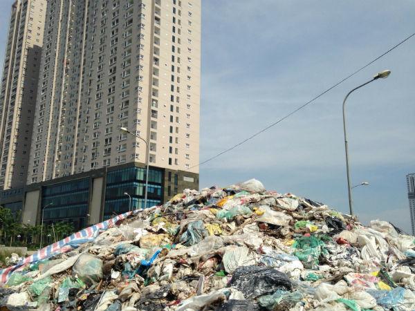 chung cư, rác thải, nam an khánh, phú mỹ hưng,