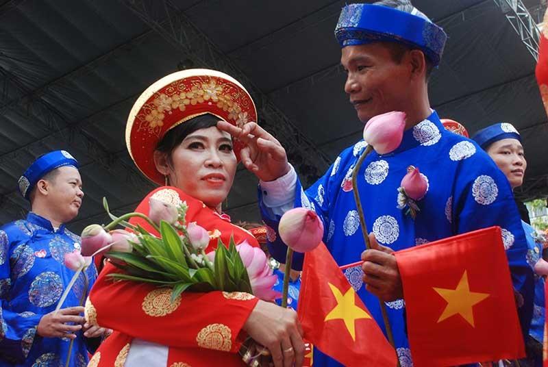 100 cặp đôi tổ chức cưới tập thể ngày Quốc khánh