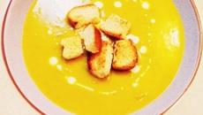30 phút là có bát súp bí đỏ kem tươi cực ngon