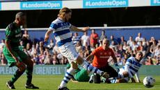 Mourinho trổ tài bắt gôn khiến fan MU sững sờ