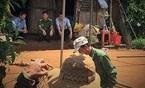 Đắk Lắk: Vợ vác cuốc bổ chồng tử vong