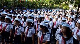"""PGS Văn Như Cương chẩn đoán """"bệnh lười"""" của học sinh trong ngày khai giảng"""