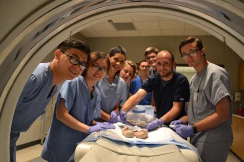 Tuyển thẳng Cử nhân và Thạc sĩ ngành khác vào ngành Y