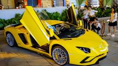 Lamborghini Aventador S hơn 40 tỷ lần đầu xuống phố Sài Gòn