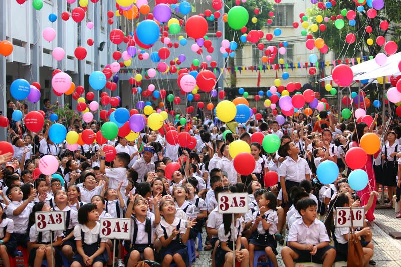 'Phát triển nhân cách trẻ không chỉ là việc của nhà trường'