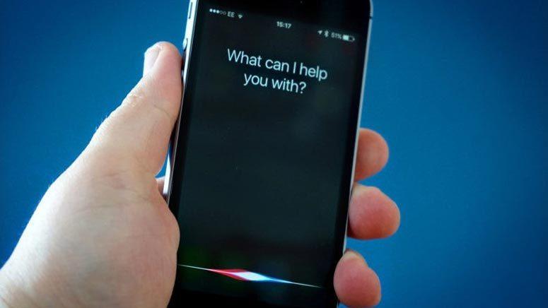 Bé gái được Siri cứu sống trong bão lũ